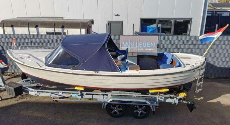 Polar 22 RECENTE Volvo Penta 30PK Weekendboot Toilet